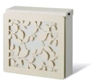 ポスト本体:ホワイト、カラーパネル:オフホワイト、装飾パネル:ローリエ/ホワイト