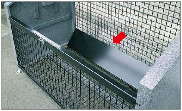 ゴミストッカーEF型 床面傾斜板